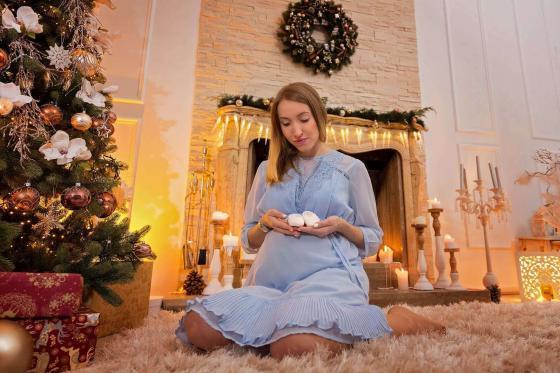 Weihnachtsfotos Babybauch